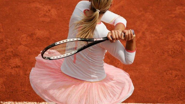 След като пропуска почти целия сезон на клей през 2006 г., тя се завръща на време за Ролан Гарос, където стига до четвъртия кръг