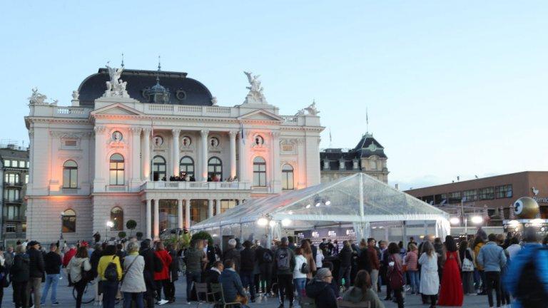 Цюрих   Швейцарският град също попада сред 10-те най-скъпи места за живеене, като според ексертите това се дължи до голяма степен на валутните колебания заради пандемията, които включват спад на щатския долар и поскъпнане на пвейцарския франк.