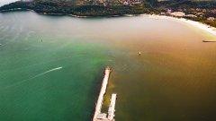 Установено е, че отпадъчните води се изливат в морето заради скъсан подводен тръбопровод