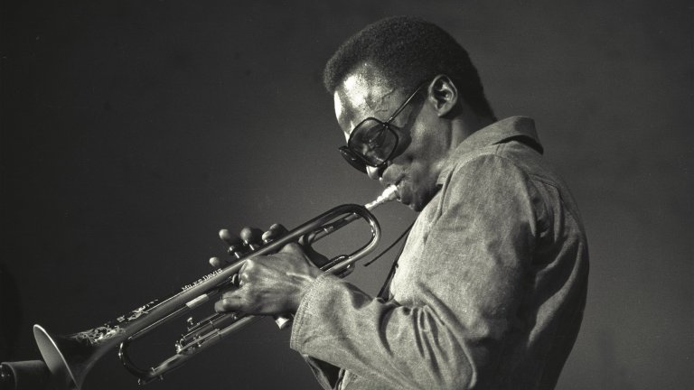 Джаз геният щеше да навърши 94 г., но за радост музиката му е безсмъртна - почитаме паметта му с нея
