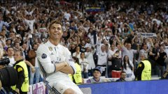 Кристиано Роналдо седна на трона на футболния крал на Мадрид. Великият №7 вече е повел Реал към 15-ия му финал в Шампионската лига