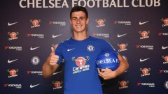 Най-обещаващият вратар в испанския футбол получава шанса да се докаже във Висшата лига. Но той пристига в един преходен момент за Челси и най-вероятно му предстоят доста трудности