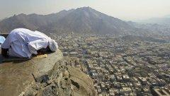 """""""Истинският ислям"""", подхранван с пари от Рияд"""