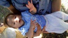 Мария Иванова получава 100 лв. на месец, за да отглежда детето