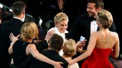 Елън Дедженеръс – $ 2700 на Хилари Клинтън