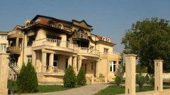 Фамилията Рашкови практически няма законова сграда за живеене в селото