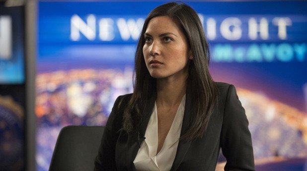 Оливия Мън Казват, че една жена трябва да е красива, умна и да може да готви. Оливия Мън е тези три неща. Тя е умна, говори японски – ама наистина – и доколкото знаем, готви разни засукани ястия. А че е красива и беше едно от най-яките неща по HBO по време на The Newsroom, е някак ясно от само себе си