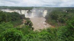 Два пъти по-пълноводни от Ниагарския водопад, те ще ви накарат да затаите дъх