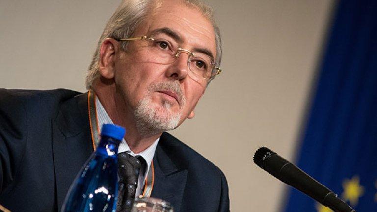 Лидерът на ДПС Лютви Местан изрази възмущение от променената мярка на Октай Енимехмедов