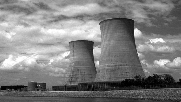 Ядрената индустрия е известна с високомерието си, ядрените лобита - с поведението си на алигатори...
