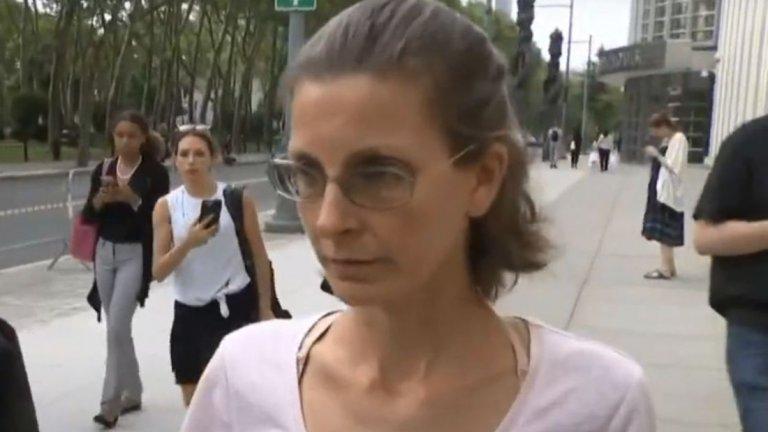 Клеър Бронфман получи почти 7 години затвор заради ролята си в NXIVM, където е тормозила и заплашвала жени, впримчени в мрежата на опасния секс култ.