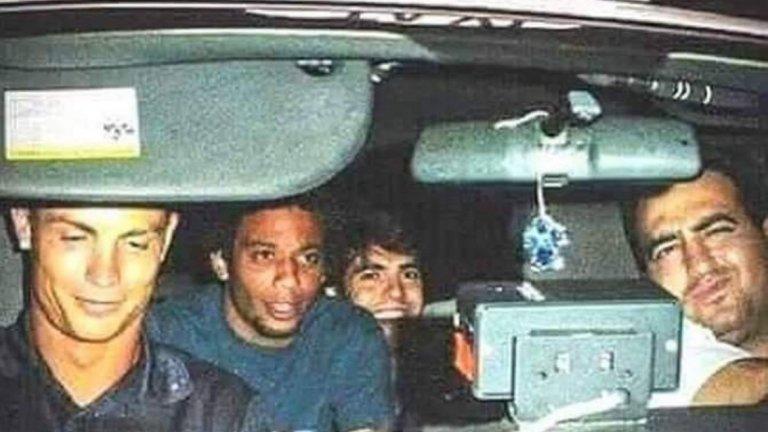 Най-щастливият таксиджия в историята – когато в колата ти се качат Кристиано Роналдо, Кака и Марсело.