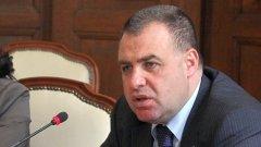 Не се чува гласът на земеделския министър Мирослав Найденов в защита на фермерите
