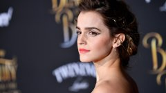 Актрисата отговори на критиките след полуголата фотосесия