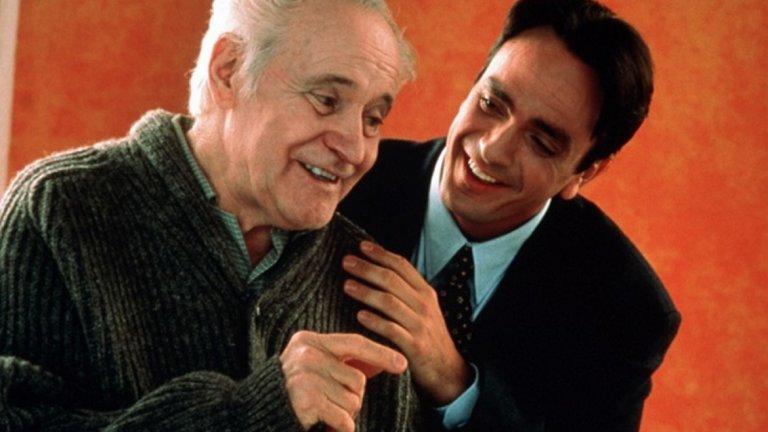 """Tuesdays with Morrie / """"Вторници с Мори""""   """"Вторници с Мори"""" е един от онези филми, които са правени, за да ти напомнят малко от малко да намалиш скоростта и да се насладиш на малките неща в живота. Историята за спортния журналист Джим, изигран от тогава все още по-младия Ханк Азариа, и смъртно болния му проф. Мори Шварц, с чиято роля Джак Лемън се справя повече от блестящо, определено ще ви накара да се замислите. И макар да засяга тежки теми като смъртта, самотата, предопределеността и т.н., той се гледа изключително спокойно и приятно. А след края му, човек изпитва лекота и желание да се усмихва."""