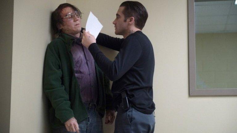 """SicarioИнтригуващо размитата кариера на Денис Вилньов, включваща трилърите """"Изпепелени"""", """"Затворници"""" и """"Враг"""", изглежда ще стане още по-мрачна с последния му проект - крими-драма с Емили Блънт в ролята на полицайка, преследваща наркобарон. Вилньов не е чужд на Кроазет, като премиерата на три от филмите му е била там и, въпреки че дори още не сме видели и един кадър от този филм, има голяма вероятност и той да е във фестивала"""
