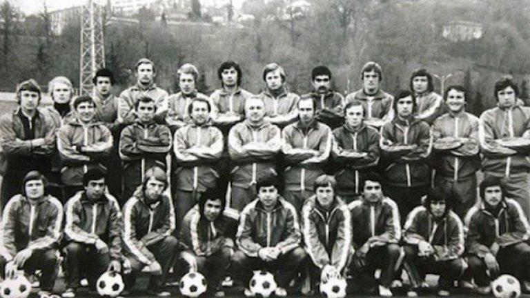 Пахтакор, 11 август 1979 г. (17 играчи и треньори, Ту-134) Тимът лети за Минск за мач от шампионата на СССР срещу Динамо, но се сблъсква във въздуха с друг Ту-134 на височина 8400 м.