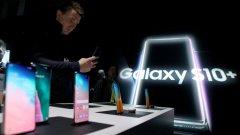 """Оказва се, че сензорът за пръстов отпечатък на Galaxy S10 може да бъде """"измамен""""."""