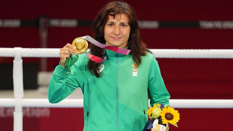 Олимпийската шампионка Стойка Кръстева сложи край на кариерата си