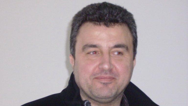 На последния конгрес на БФС единствената алтернатива на Боби Михайлов бе Ивайло Дражев...