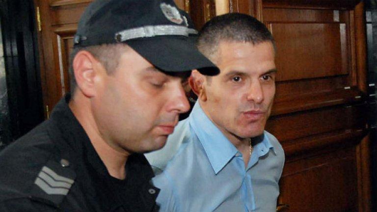От 26 април срещу него има издадена присъда