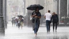 Дъждове от 40 л на квадратен метър и градушка се изсипаха над града