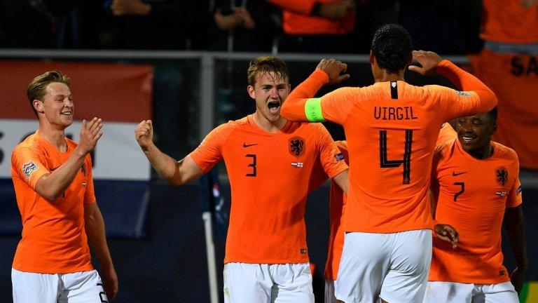 Матейс де Лихт в началото беше грешникът за Холандия, после стана герой с изравнителния гол, който вкара мача в продължения