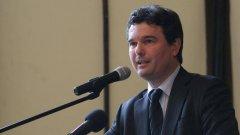 Зеленогорски подчерта, че решаването на проблема с битовата престъпност и сигурността ще дойде от по-добро сработване на кметовете, държавните органи и МВР