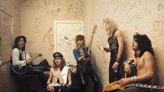 Музикални хроники: Guns`n`Roses, или как петима хулигани станаха рок богове
