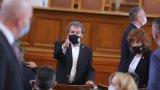 Тошко Йорданов коментира, че е безсмислено да му се задават въпроси, преди да бъде връчен мандатът