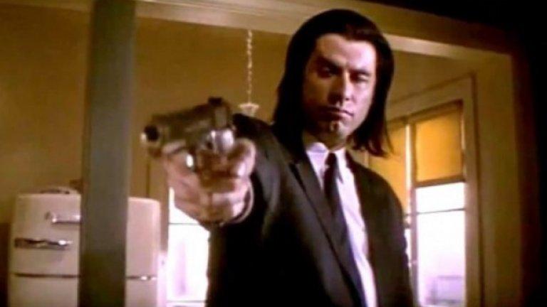 """Джон Траволта - $150 000 за """"Криминале""""  Въпреки че това звучи като свръх-ниско заплащане за актьор, който някога е бил сред най-големите кинозвезди в света, Джон Траволта е в застой, когато Куентин Тарантино го избира да играе Винсънт Вега в """"Криминале"""". Така че Траволта може и да не е забогатял от този филм, но пък си връща кариерата; скоро след това му предлагат $20 млн. за участие в провали като """"Парола: Риба-меч"""" и """"Първично""""."""