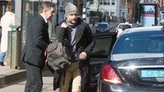Хосеп Гуардиола отива на срещата с Чики Бегиристайн в хотел в Амстердам
