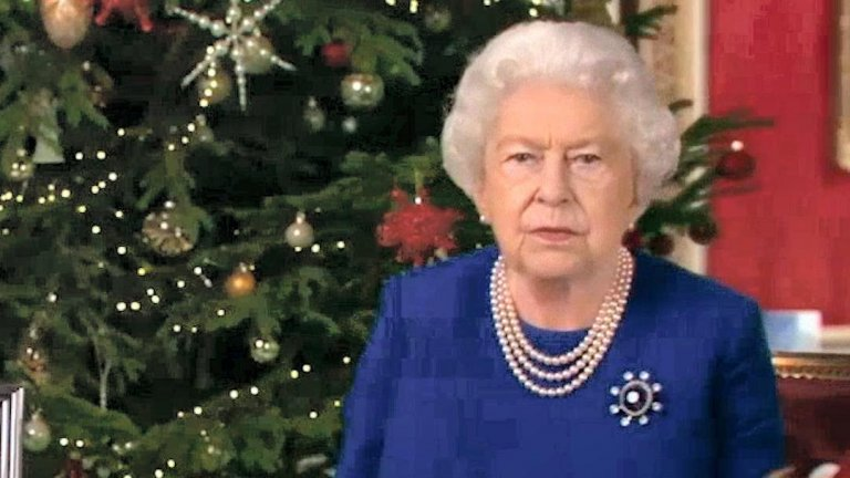 Коментари за принц Хари и принц Андрю, тонове сарказъм и TikTok танцово предизвикателство - как Четвърти канал успяха да вбесят британците въпреки добрите си намерения