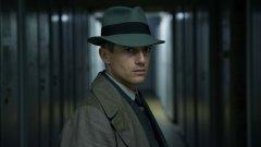 """Актьорът Фолкер Брух влиза в образа на детектива Гереон Рат в """"Берлински Вавилон"""""""