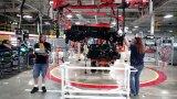 Обикновените двигатели не задвижват само колите, но и кариерите на мнозина