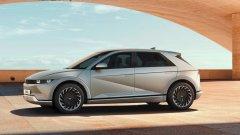 Колата може да се похвали със соларен покрив и система за добавена реалност