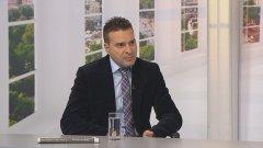 Продължават да издирват нападателите на Слави Ангелов