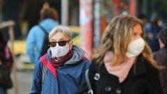 Според демонстрантите маските са заплаха за националната сигурност