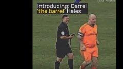 Това е Дарел Бидона: 130-килограмовият голмайстор (ВИДЕО)