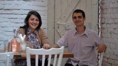 """Амбицията на Митко и Нели, двама от четиримата управители на семейния сезонен ресторант """"Багри"""", е освен да създадат култура на """"добрата храна"""" у своите клиенти, да успеят да свържат директно клиента с производителя"""