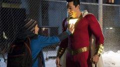 """""""Шазам!"""", 5 април Още един филм за почитателите на супергерои. Той е посветен на комиксовия герой от вселената на DC. Филмът разказва за 14-годишния Били Батсън, който има суперсила - когато извика """"Шазам!"""", се превръща във възрастен супергерой, благодарение на древен магьосник. Само може да си представите какво се случва, когато дете по сърце е заключено в тялото на възрастен. Героят, разбира се, има и противник - злодеят д-р Тадеус Сивана. В ролите ще видим Ашър Ейнджъл, Закъри Леви, Джак Дилън Грейзър, Марк Стронг, Джимон Хонсу, Адам Броуди и Мишел Борт."""