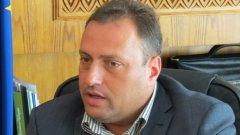 Министърът на околната среда и водите Нона Караджова и кметът на общината Георги Икономов подписват днес договор за безвъзмездна финансова помощ