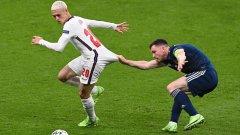 Удар по Англия преди битката: Звезда на Сити изгоря с травма