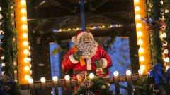 Който поръчал подаръци, поръчал - Дядо ви Коледа скоро се пенсионира.