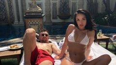 Бившият куотърбек Джони Манзийл и Instagram моделът Бри Тайси са се венчали на тайна церемония...