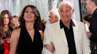 """Барбара Гандолфи - бивш модел на """"Плейбой"""" и актьорът Жан Пол Белмондо се срещат за пръв път през 2008 г. в италиански ресторант в Антиб"""