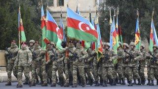 Турският президент Ердоган е почетен гост, а в парада участват и турски войски