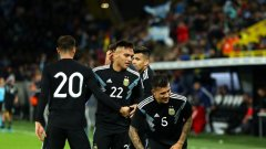 Аржентина изигра много лошо първо полувреме, но после се вдигна и можеше дори да победи