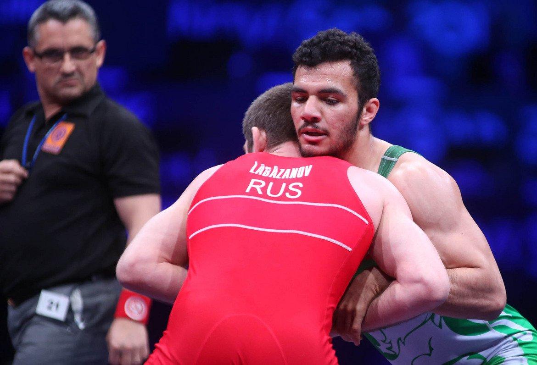 23-годишният Абделслам победи на финала в категория до 75 килограма класически стил с 4:1 точки руснака Чингиз Лабазанов, световен шампион в категория при 71-килограмовите от Ташкент 2014.