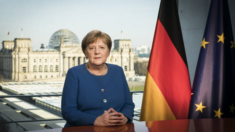 Германският канцлер ще проължи да работи, но от вкъщи